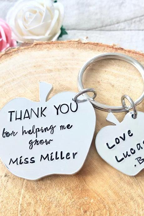 Teacher Gift, Childminder Gift, Nursery Gift, Thank you gift, Leaving Gift, End of Term Gift, Personalised Keyring, Thank you for helping me